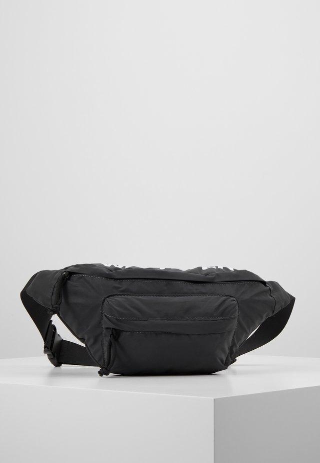 Bæltetasker - white/black
