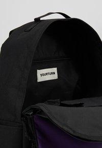 YOURTURN - Reppu - black/purple - 4