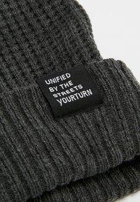 YOURTURN - Bonnet - mottled dark grey - 5