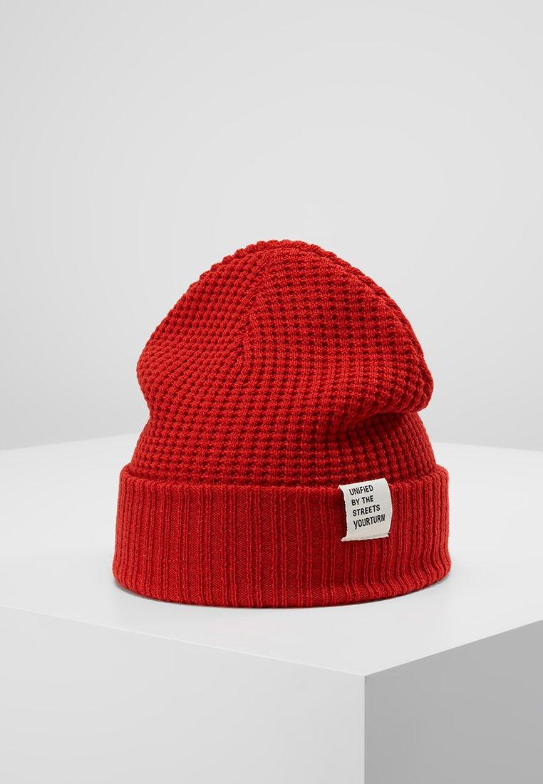 YOURTURN - Muts - red
