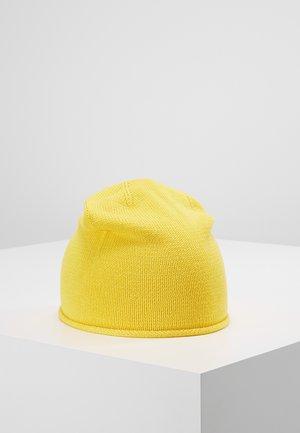 Čepice - yellow