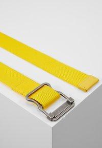 YOURTURN - Cinturón - yellow - 2