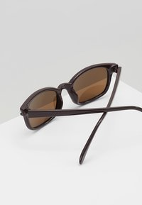YOURTURN - Sonnenbrille - brown - 4