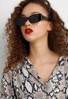 YOURTURN - Gafas de sol - black
