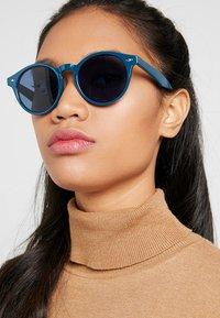 YOURTURN - Occhiali da sole - blue - 2