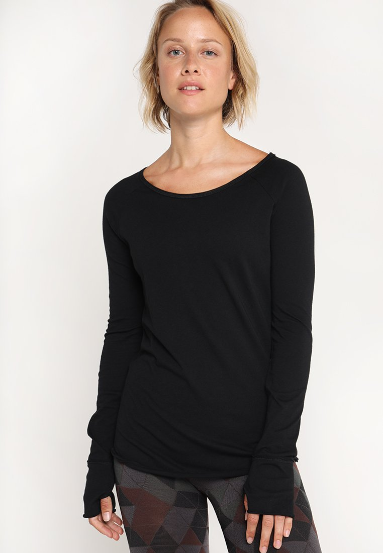 Yogasearcher - KARANI - Langarmshirt - black