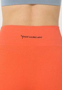 Yogasearcher - SAVASANA - Tights - sunstone - 5