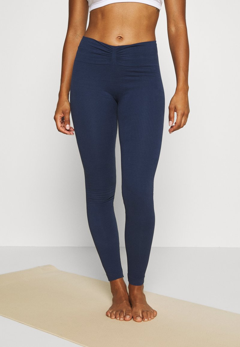 Yogasearcher - SAVASANA - Leggings - midnight