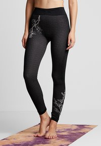 Yogasearcher - FUJI - Legging - black - 0