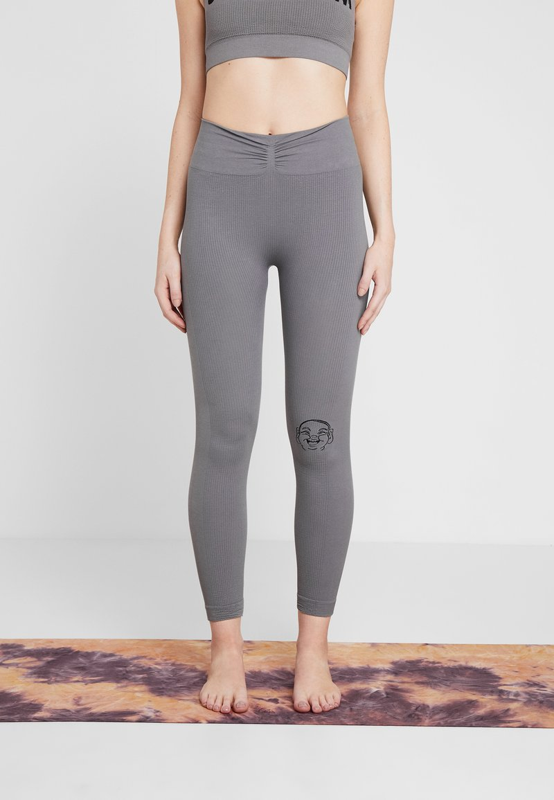 Yogasearcher - SHANTI - Tights - dolphin
