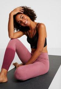 Yogasearcher - RISHIKESH - Tights - pink - 1