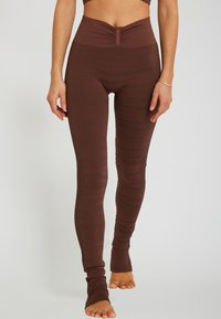 Yogasearcher - ANANTA - Legging - moka - 0