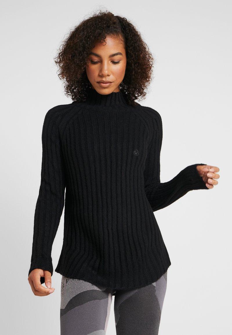 Yogasearcher - PURUSHA - Stickad tröja - black