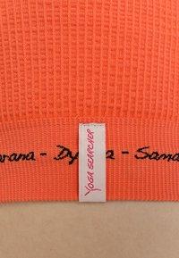 Yogasearcher - MATRIKA  - Sport BH - sunstone - 5