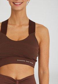 Yogasearcher - LAKSHMI - Sport BH - brown - 3