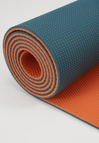 Yogasearcher - COMFORT YOGA MAT 5MM - Fitness/yoga - grey/orange - 5