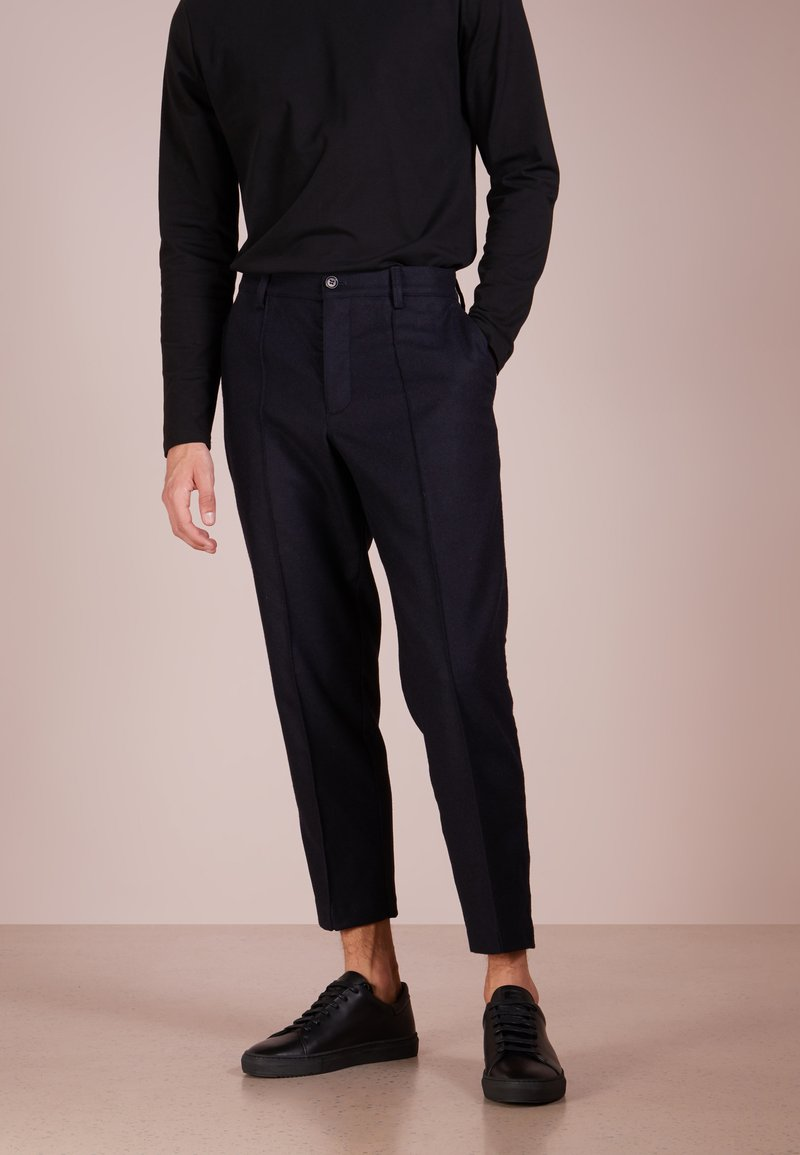 YMC You Must Create - HAND ME DOWN TROUSER  - Stoffhose - navy