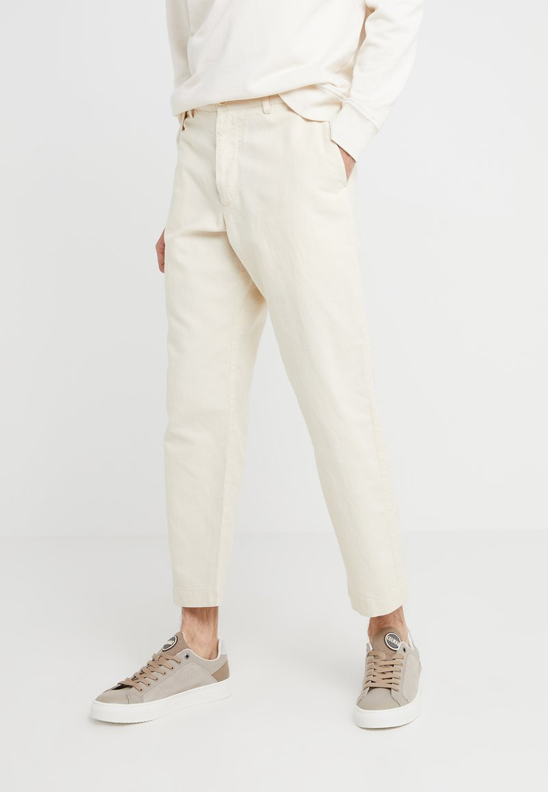 YMC You Must Create - HAND ME DOWN TROUSER - Stoffhose - ecru