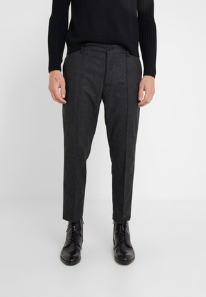 HAND ME DOWN TROUSER - Tygbyxor - charcoal