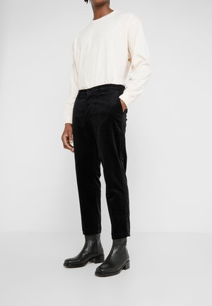 HAND ME DOWN TROUSER - Tygbyxor - black