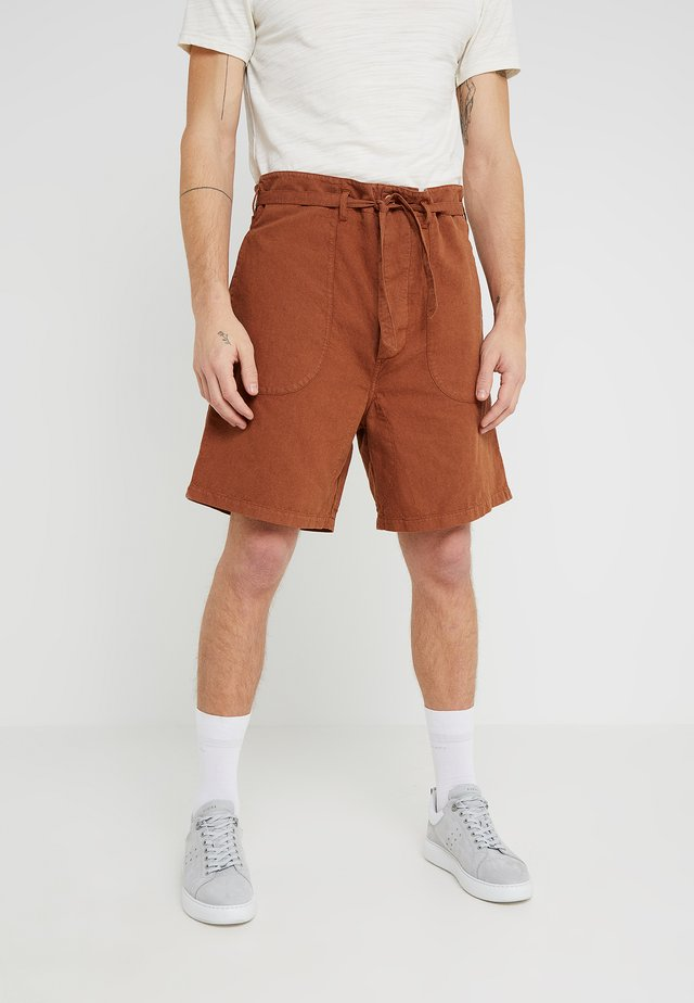 GRANJERO  - Shorts - brown