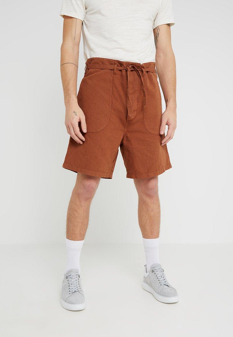 YMC You Must Create - GRANJERO  - Shorts - brown