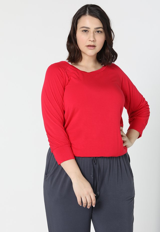 Long sleeved top - cherry