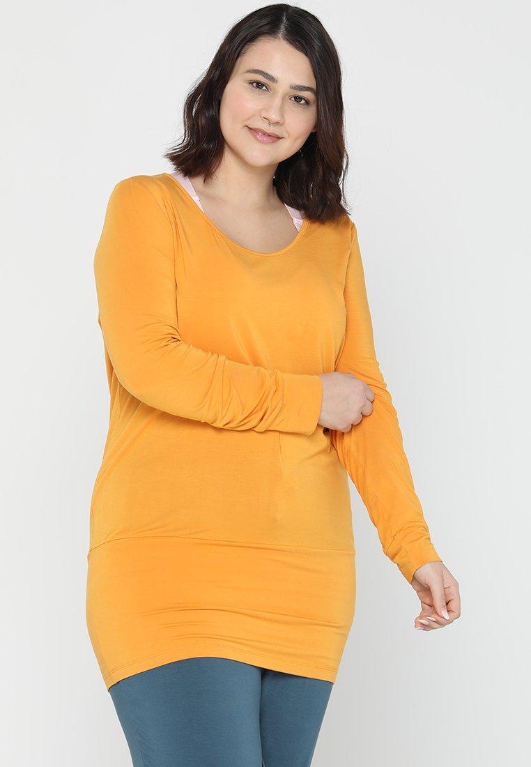 YOGA CURVES - Camiseta de manga larga - aprikose
