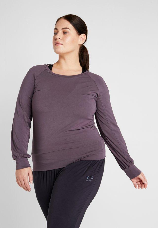 BOAT NECK - Maglietta a manica lunga - aubergine