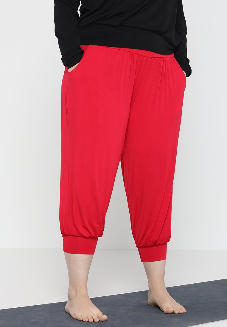 YOGA CURVES - WIDE 7/8 PANTS - Tracksuit bottoms - cherry