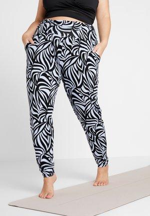 PANTS LONG LOOSE ROLL DOWN - Teplákové kalhoty - blue