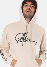 Young and Reckless - SIGNATURE CONTEND - Sweat à capuche - beige - 3