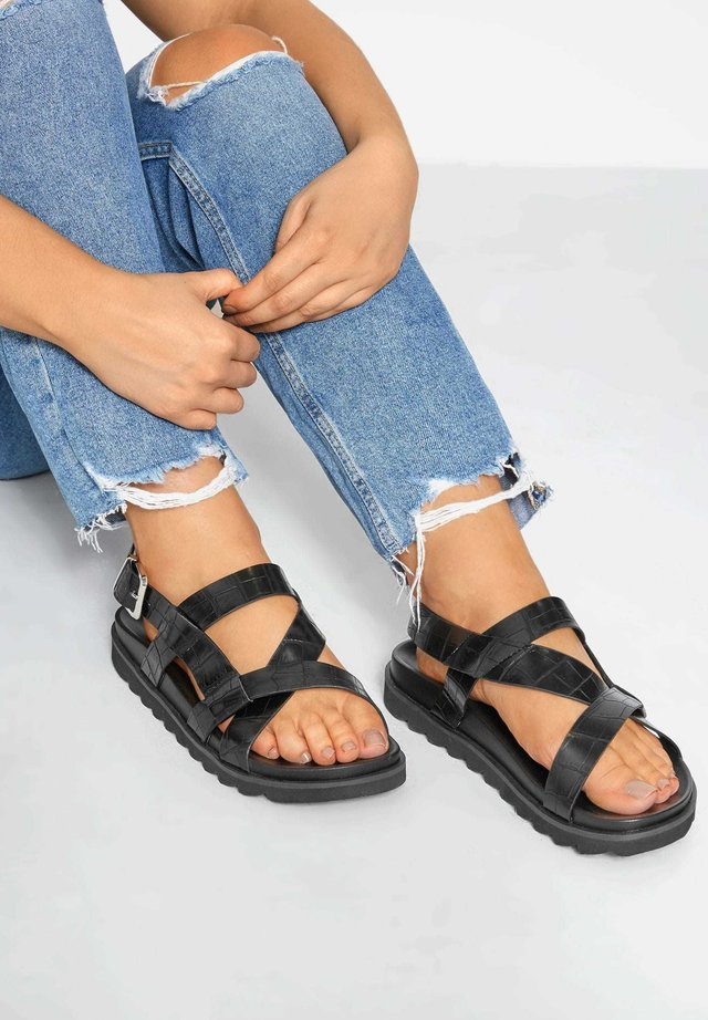 SPORTY FOOTBED IN EXTRA WIDE FIT - Sandals - black