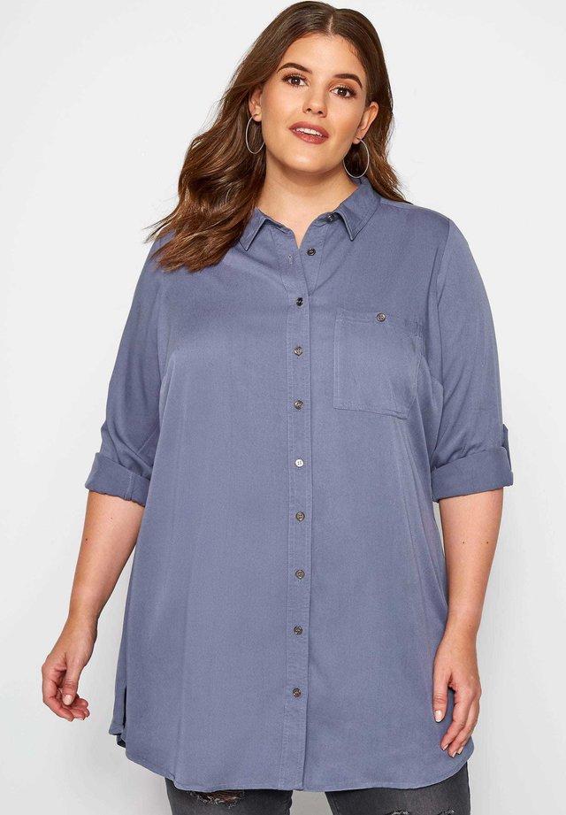 BOYFRIEND - Button-down blouse - blue