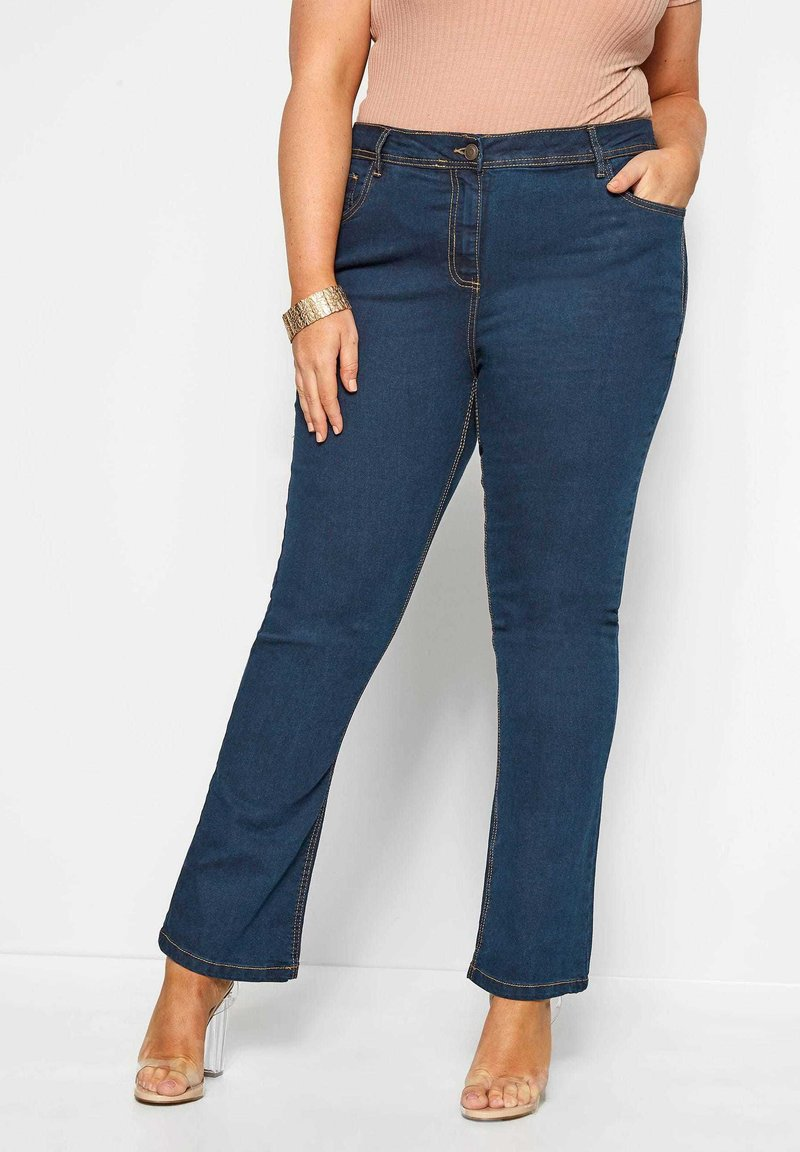 Yours Clothing - ISLA  - Bootcut jeans - blue
