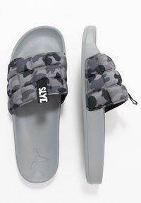 Slydes - FADE - Pantofle - grey - 1