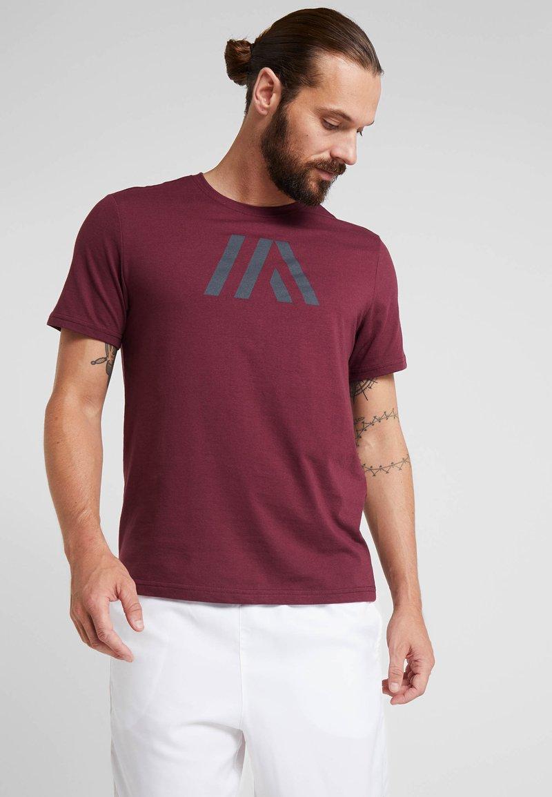 Your Turn Active - T-Shirt print - winetasting