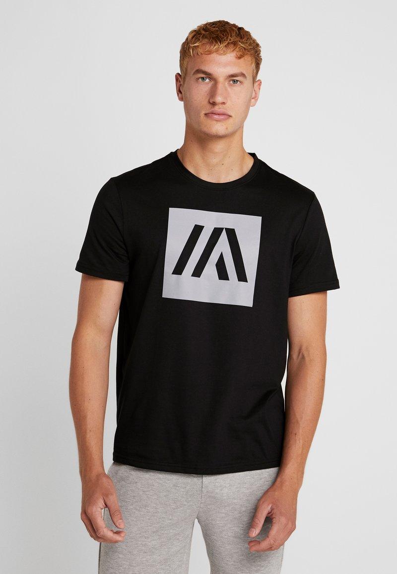 Your Turn Active - T-shirt med print - jet black