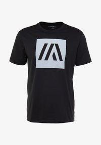 Your Turn Active - T-shirt med print - jet black - 4