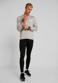 Your Turn Active - Langærmede T-shirts - mottled light grey - 1