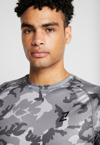 Your Turn Active - T-shirts med print - multi coloured - 4