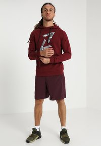 Your Turn Active - Hoodie - bordeaux - 1