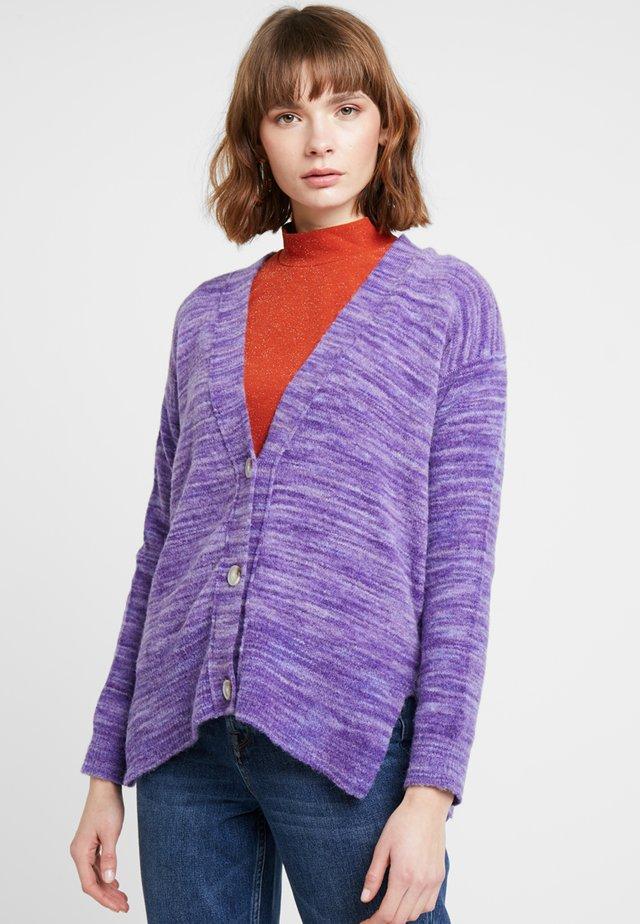 Kardigan - parma violett