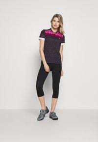 Ziener - NELSA - Print T-shirt - black/pink - 1