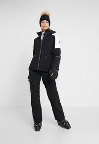 Ziener - TAIPO LADY PANT SKI - Ski- & snowboardbukser - black - 1