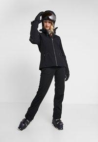 Ziener - TRINE LADY - Chaqueta de esquí - black - 1