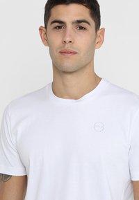 Ziener - RICKO - Camiseta estampada - white - 3