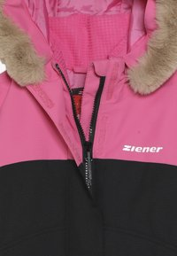 Ziener - ATHILDA JUNIOR - Skijakker - black/pink dahlia - 5