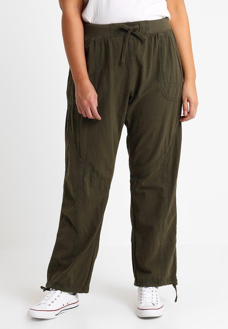 Zizzi - MMARRAKESH LONG PANT - Trousers - ivy green