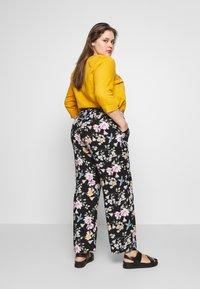 Zizzi - LONG LOOSE PANT - Trousers - black - 2